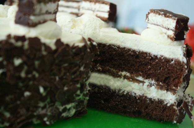 Kinder, Ferrero, Schokoladenkuchen