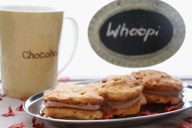 Whoopie Pies mit Erdnussbutter und karamellisierten Walnüssen