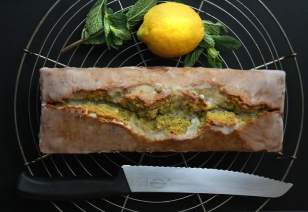 Minz-Zitronen-Kuchen, Minzkuchen mit Zitrone,, extra lange saftig, Invertzucker, grüner Kuchen